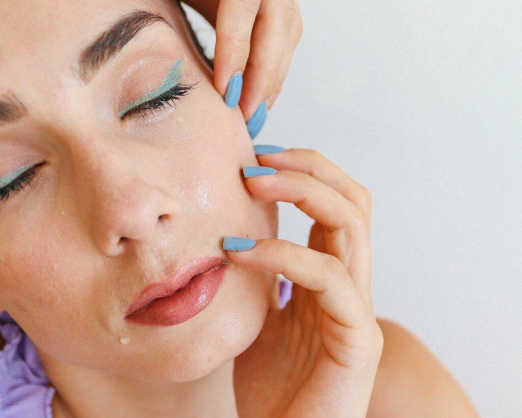 Vodoodporni make-up za brezskrbno poletje
